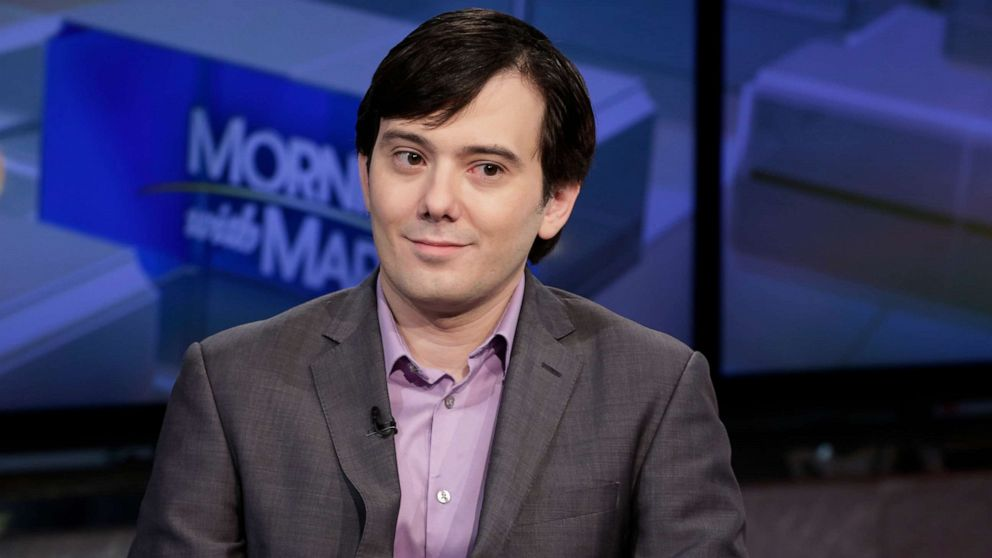 Feds investigate Martin 'Pharma Bro' Shkreli for allegedly running a drug business from prison