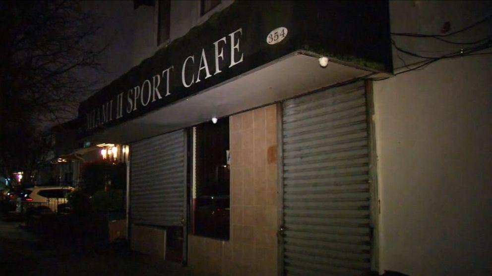 NYC bar Bediener 1. person verhaftet, wegen Verstoßes gegen COVID-19 executive order