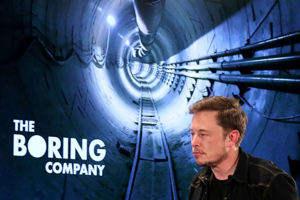 PHOTO: Elon Musk arrives to speak at Boring Company community meeting in Bel Air, Los Angeles, Calif. May 17, 2018.