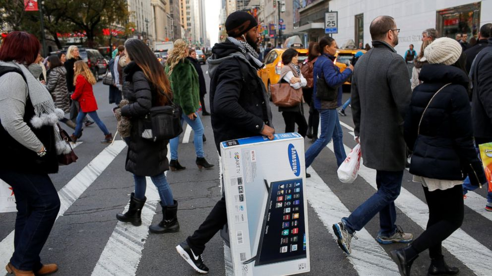 80e45ebac Black Friday Kick-Off to Holiday Shopping Season Hints at Shift Online for  Some Retailers - ABC News
