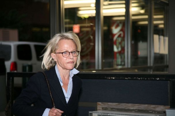 PHOTO: In this June 1, 2009, file photo, wife of fraudulent financier Bernard Madoff, Ruth Madoff, leaves the Metropolitan Correctional Center after visiting her husband in prison in New York.