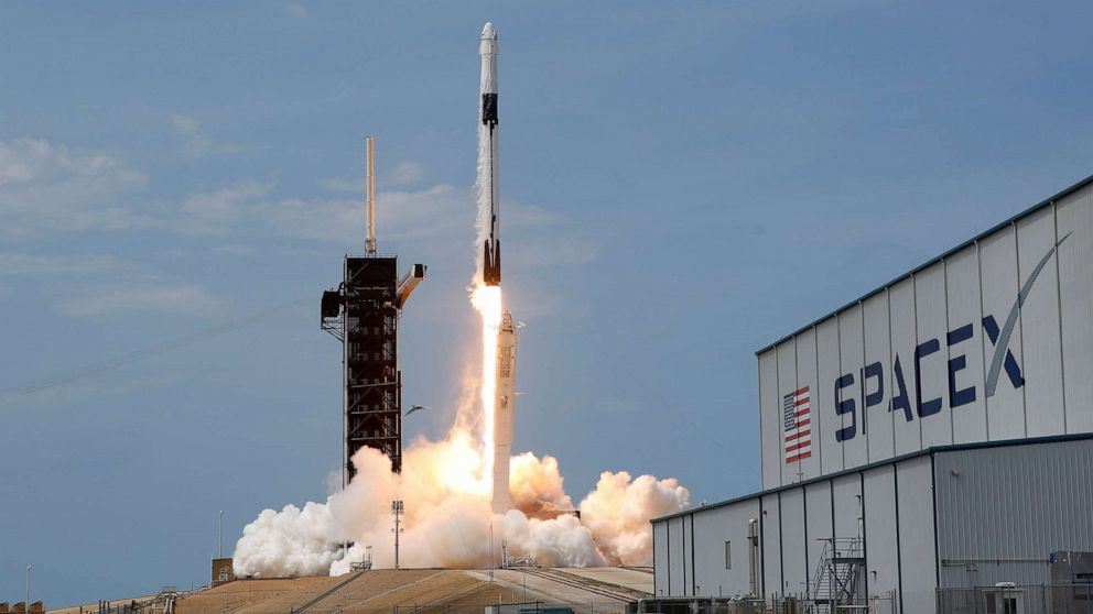 SpaceX and ULA score multi-million dollar military launch contract