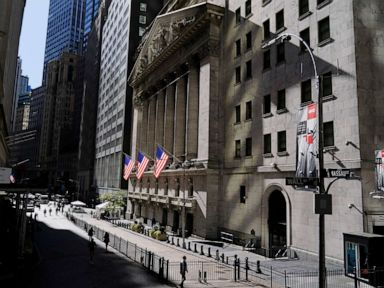 Dow plunges more than 900 points as COVID-19 cases spike thumbnail