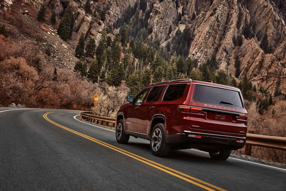 PHOTO: The 2022 Wagoneer features LED taillamps stretching from the rear quarter panel to the liftgate.