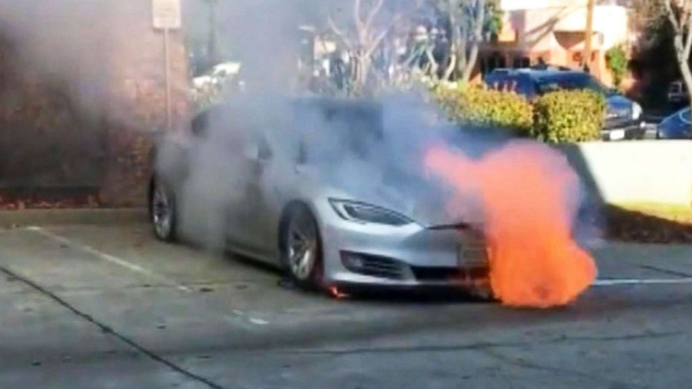 Firefighters Work 16 Hours To Put Out Fires In Tesla Model S Abc News