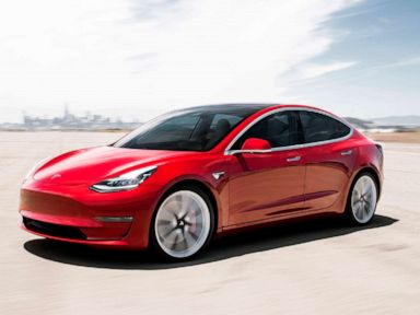 Tesla calls unintended acceleration complaints 'completely false'