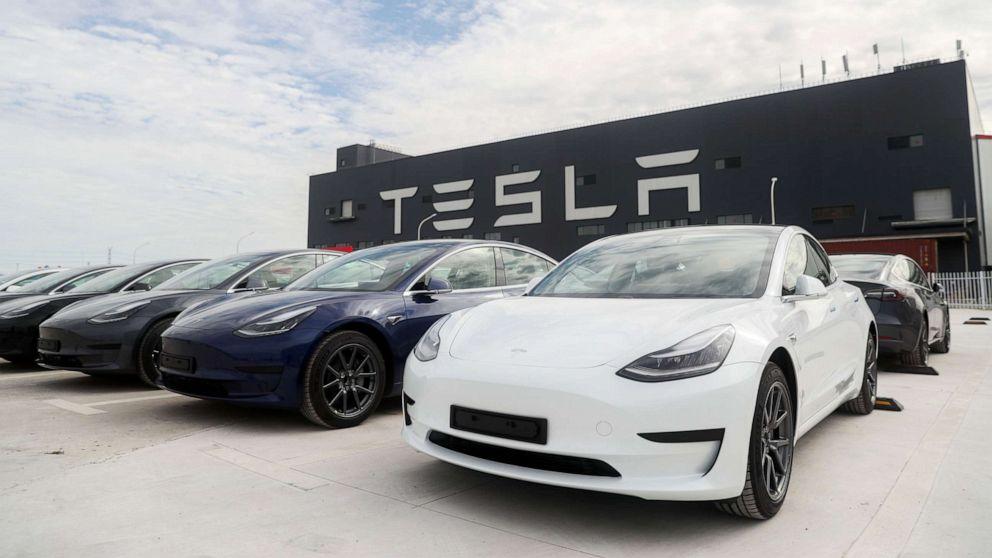 PHOTO: Tesla Model 3 vehicles at the company's gigafactory in Shanghai.