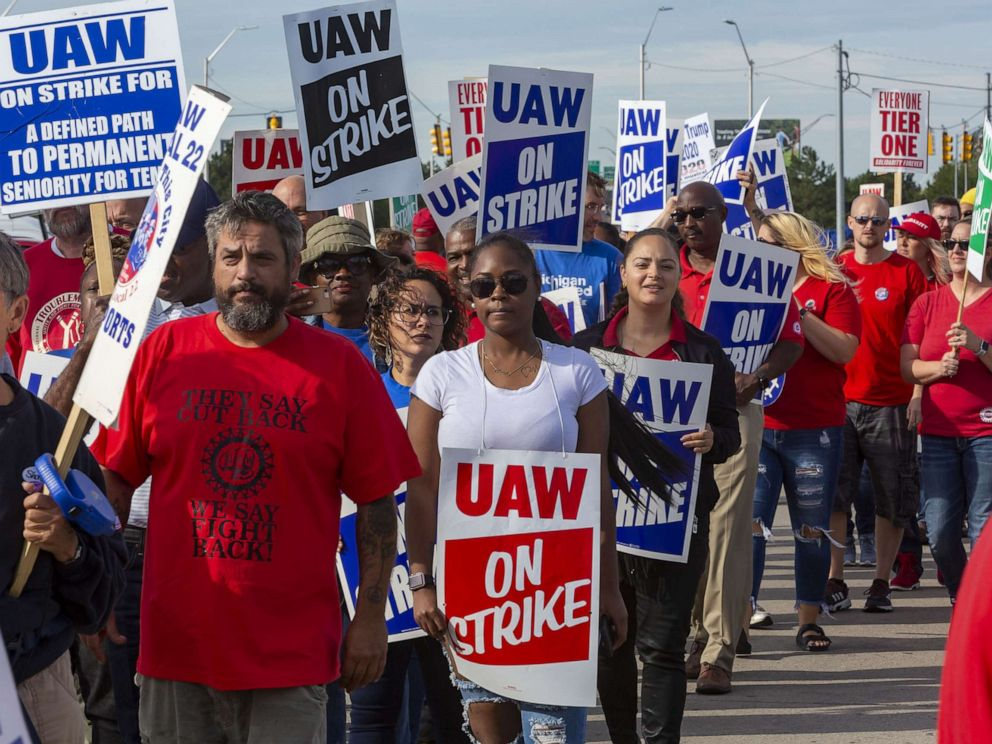 PHOTO: Striking General Motors workers and supporters picket the Detroit-Hamtramck Assembly Plant, Sept. 25, 2019, in Detroit.