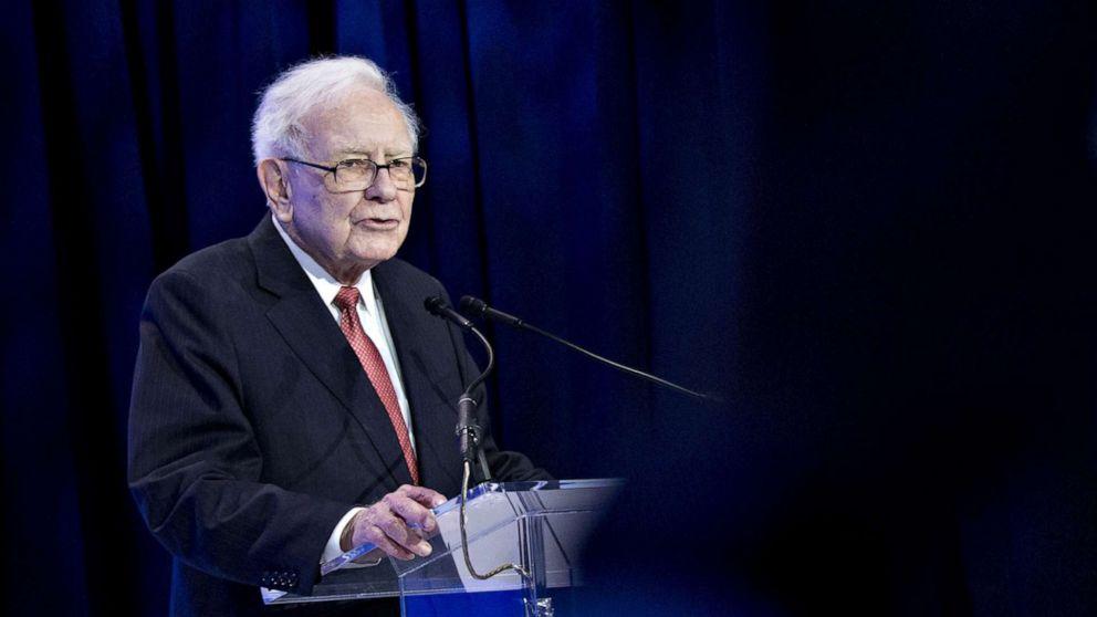 Warren Buffett's net worth reaches $ 100 billion