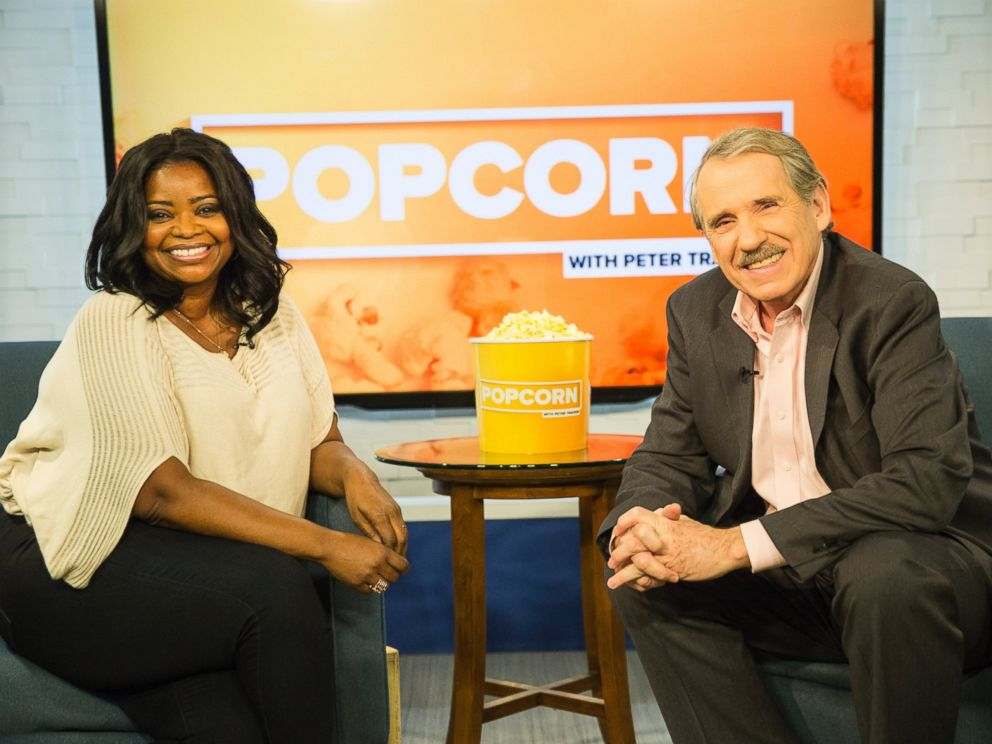 PHOTO: Octavia Spencer and Peter Travers at the ABC Studio in New York, December 5, 2016.