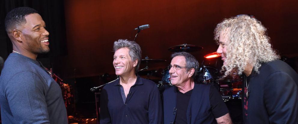 "PHOTO: Michael Strahan with Bon Jovi during the debut of a new album ""This House Is Not For Sale,"" at the Count Basie Theatre in Red Bank, NJ."