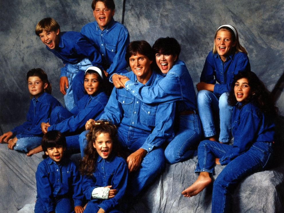 PHOTO: Bruce Jenner and Kris Jenner, center, pose with their children for a family portrait in 1991 in Los Angeles.