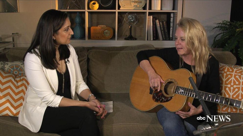 Mary Chapin Carpenter Performs 'Something Tamed, Something ...