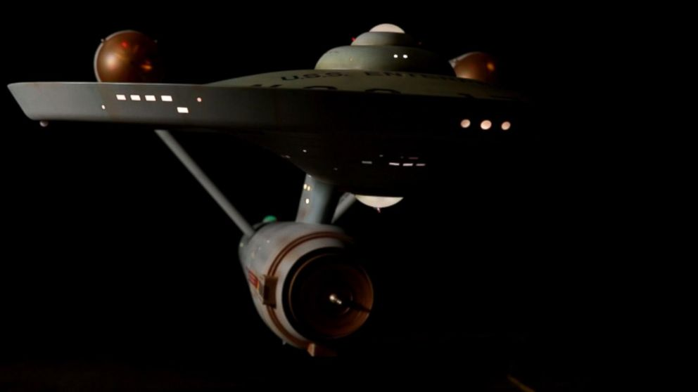 Theme, starship enterprise adult
