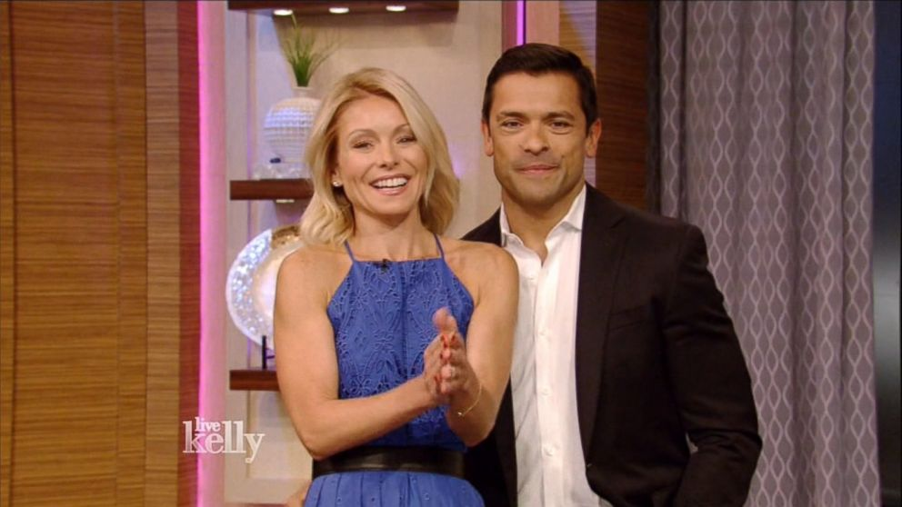 Kelly Ripa Mark Consuelos Look Back After 20 Years Of Marriage