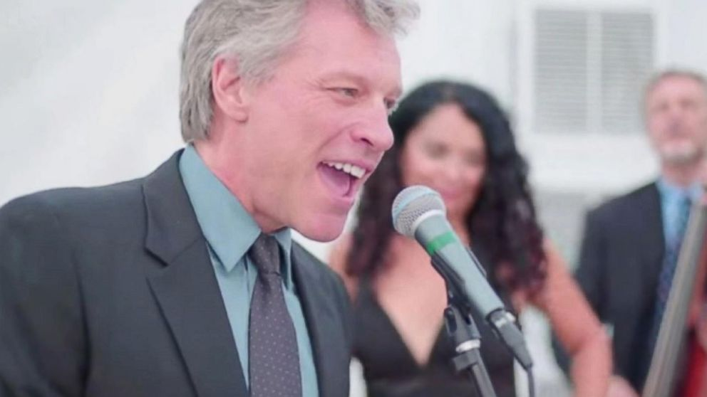 Jon Bon Jovi Sings 'Livin' on a Prayer' at Wedding