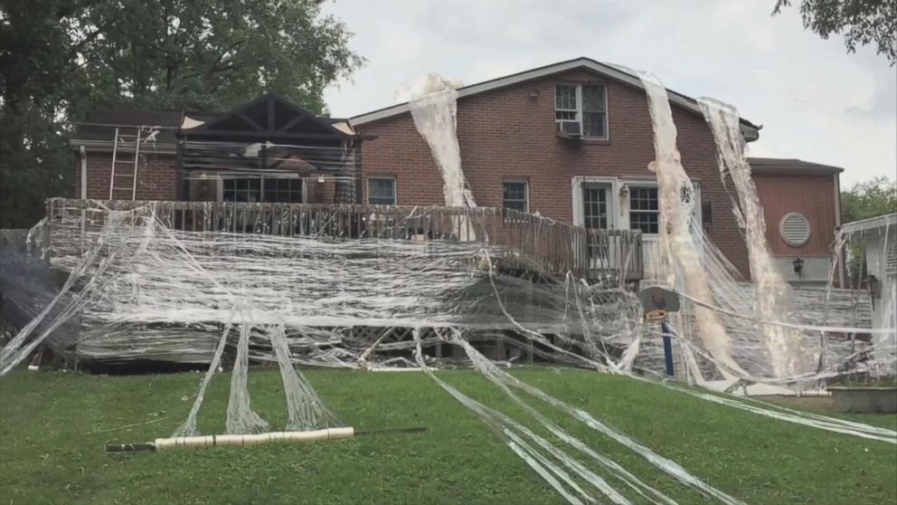 VIDEO: Son Tapes His Parents Entire House in Massive Prank