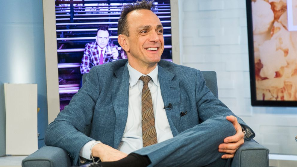 VIDEO: Hank Azaria sings Somewhere Over the Rainbow with a Chief Wiggum voice