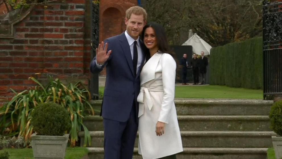 all the details of meghan markle s engagement ring from prince harry abc news engagement ring from prince harry