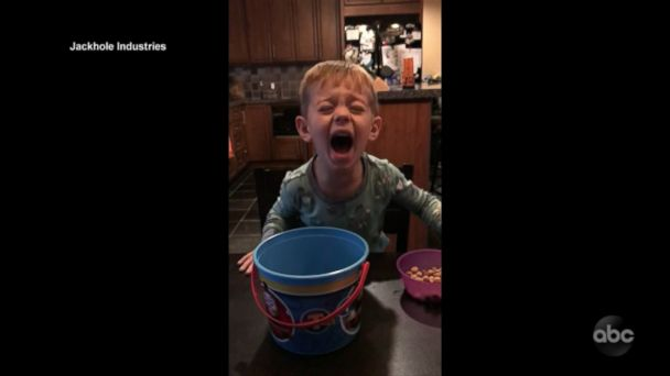 Kids cry, scream over Jimmy Kimmel Halloween candy prank