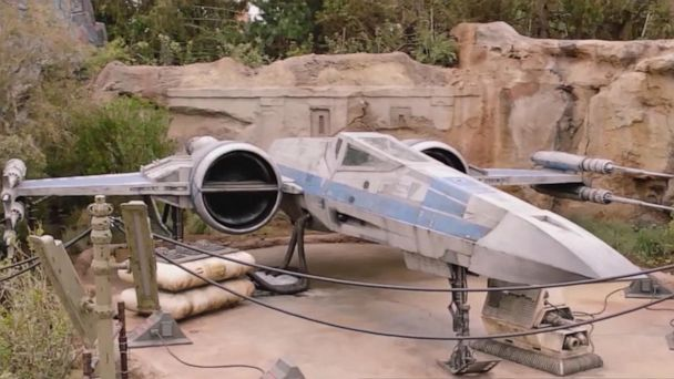 Disneyland opens 'Star Wars: Galaxy's Edge'