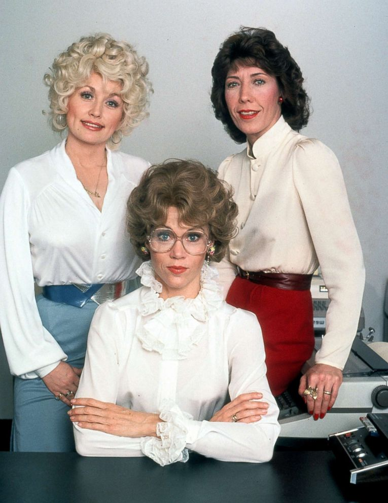 PHOTO: Dolly Parton, Jane Fonda and Lily Tomlin in a publicity portrait for the film Nine To Five, 1980.