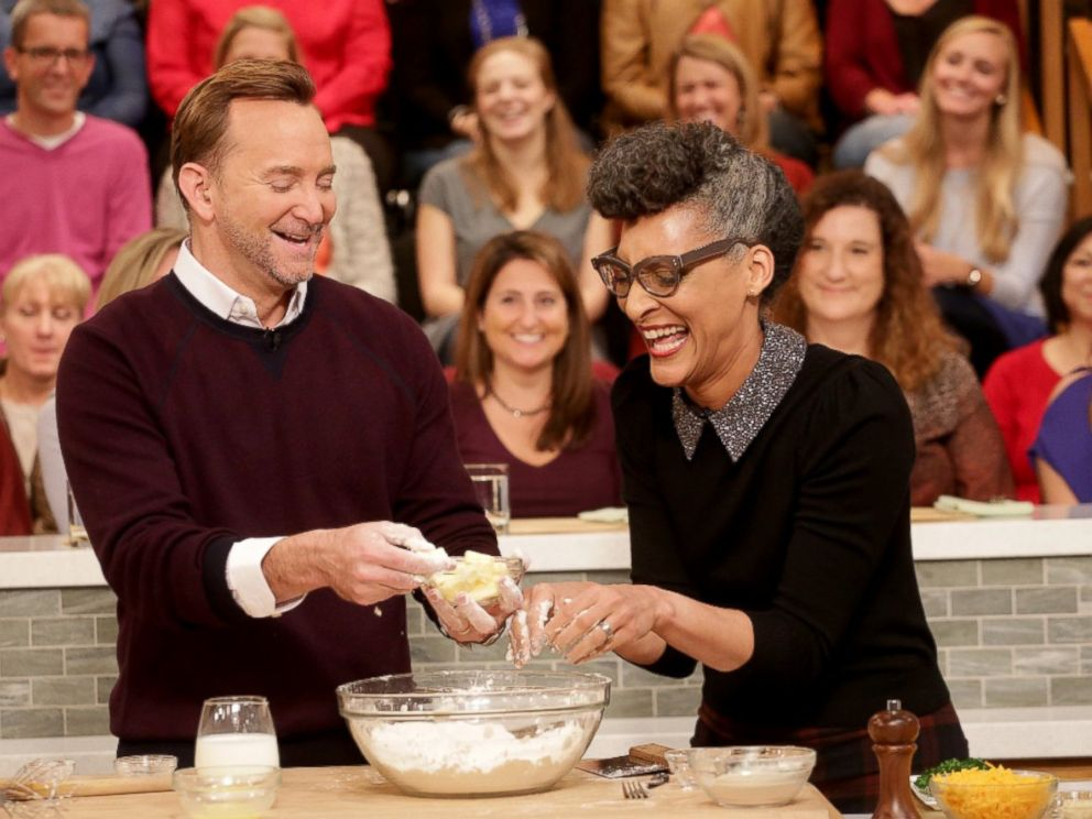 PHOTO: Clinton Kelly and Carla Hall prepare a dish together on The Chew.