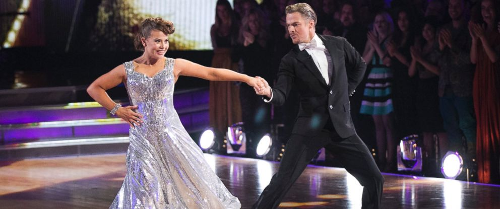 """PHOTO:Bindi Irwin and Derek Hough are seen on """"Dancing with the Stars,"""" Nov. 23, 2015."""