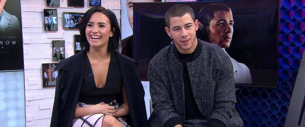 """PHOTO:Singers Demi Lovato and Nick Jonas appeared on """"Good Morning America,"""" Oct. 26, 2015, to make an announcement."""
