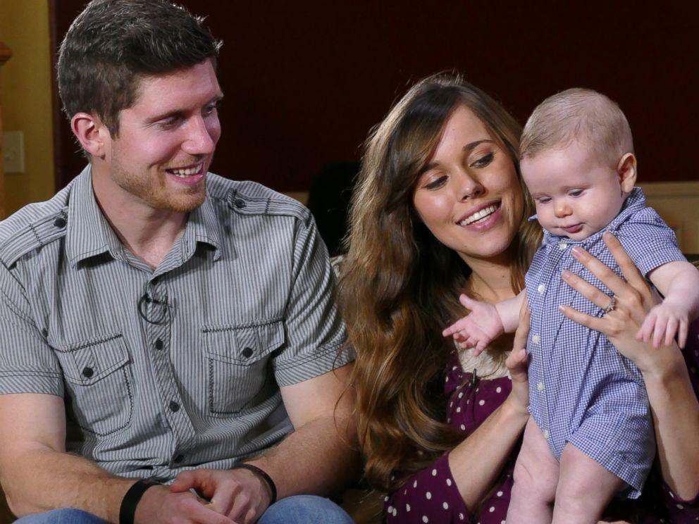 Duggar Family 'Moving On' After Josh Duggar Scandal - ABC News