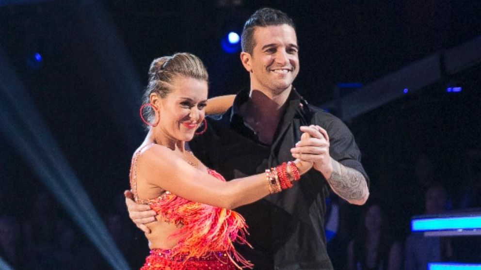 Dancing With The Stars 2015 Alexa Penavega Booted From Ballroom