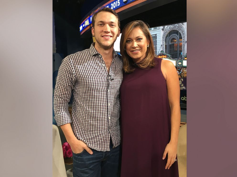 Phillip phillips surprises superfan ginger zee in gma studio abc photo phillip phillips surprises superfan ginger zee in the gma studio nov 13 m4hsunfo Images