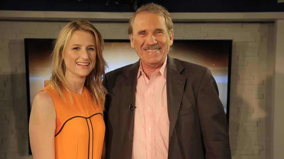 Mamie Gummer and Peter Travers are seen here.