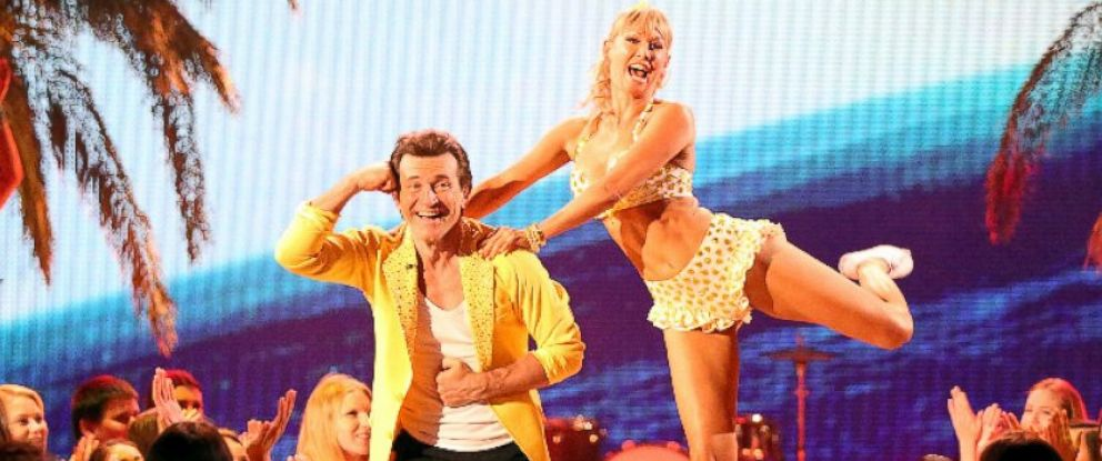 """PHOTO: Robert Herjavec and Kym Johnson perform on """"Dancing With The Stars,"""" April 21, 2015."""