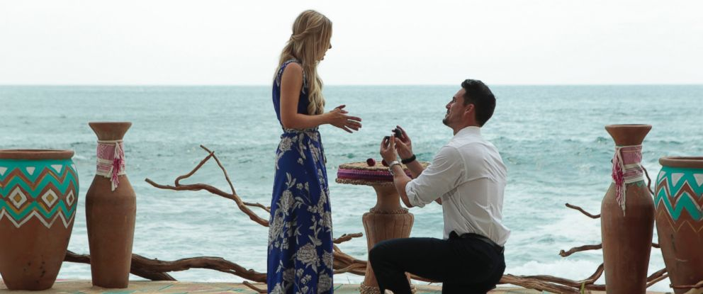 """PHOTO: Amanda Stanton and Josh Murray are seen in an episode of """"Bachelor in Paradise."""""""