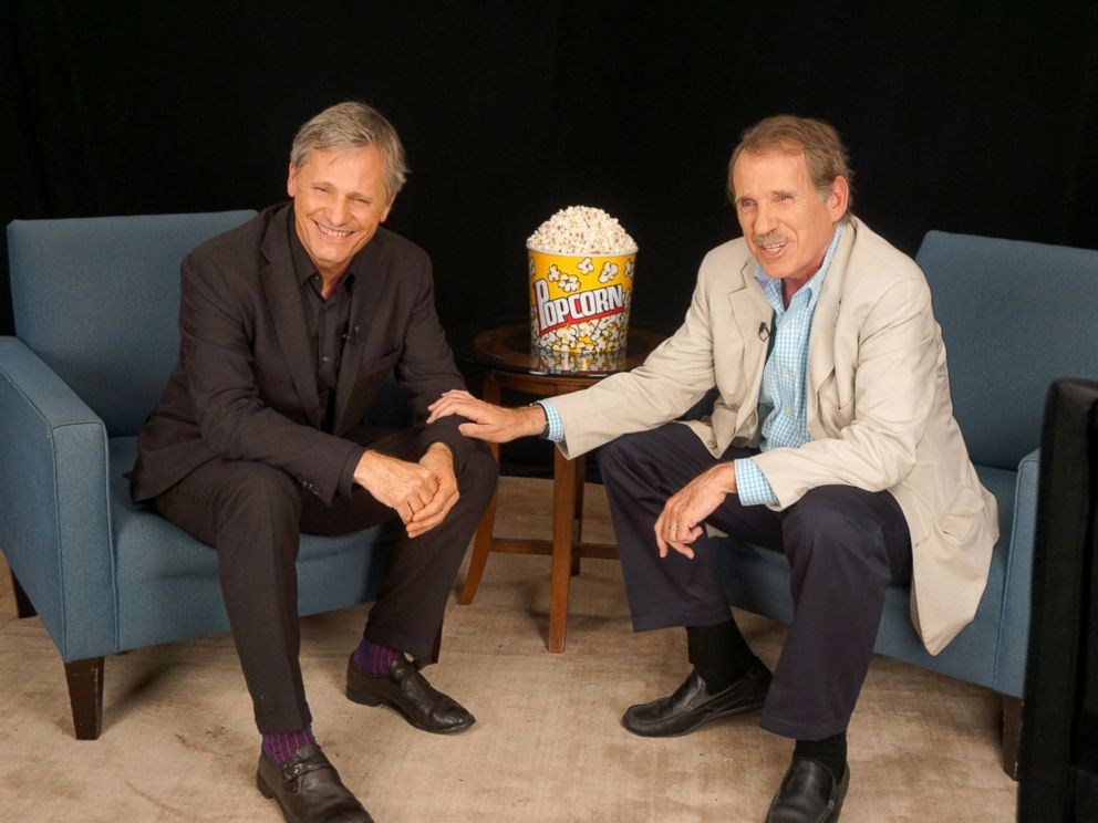 PHOTO: Actor Viggo Mortensen discusses his film Captain Fantastic with Peter Travers on ABC News Popcorn With Peter Travers.