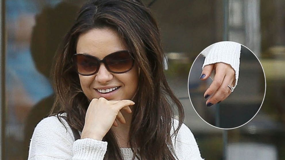 Mila Kunis And Ashton Kutcher Reportedly Engaged See The Ring Abc News