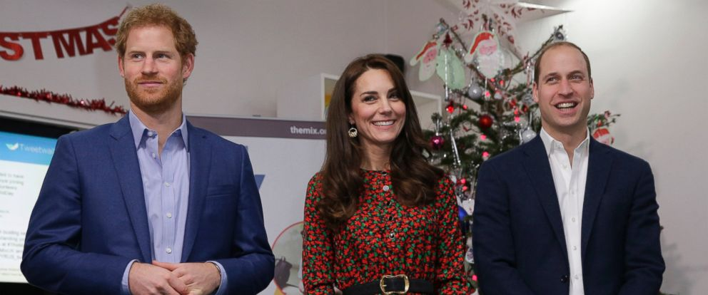 A Christmas Spirit.Prince William Princess Kate And Prince Harry Get In The