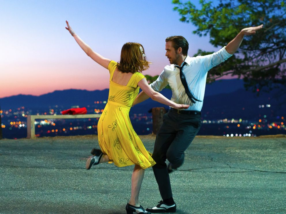 PHOTO: A scene from La La Land, released by Lionsgate, featuring Ryan Gosling, right, and Emma Stone.