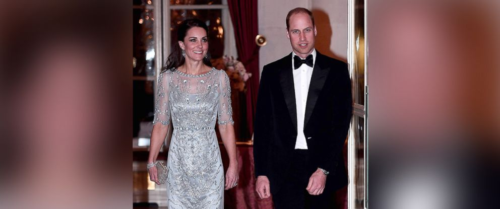 PHOTO: Britains Prince William, and his wife Kate, the Duchess of Cambridge arrive for a diner at the British Embassy in Paris on March 17, 2017.