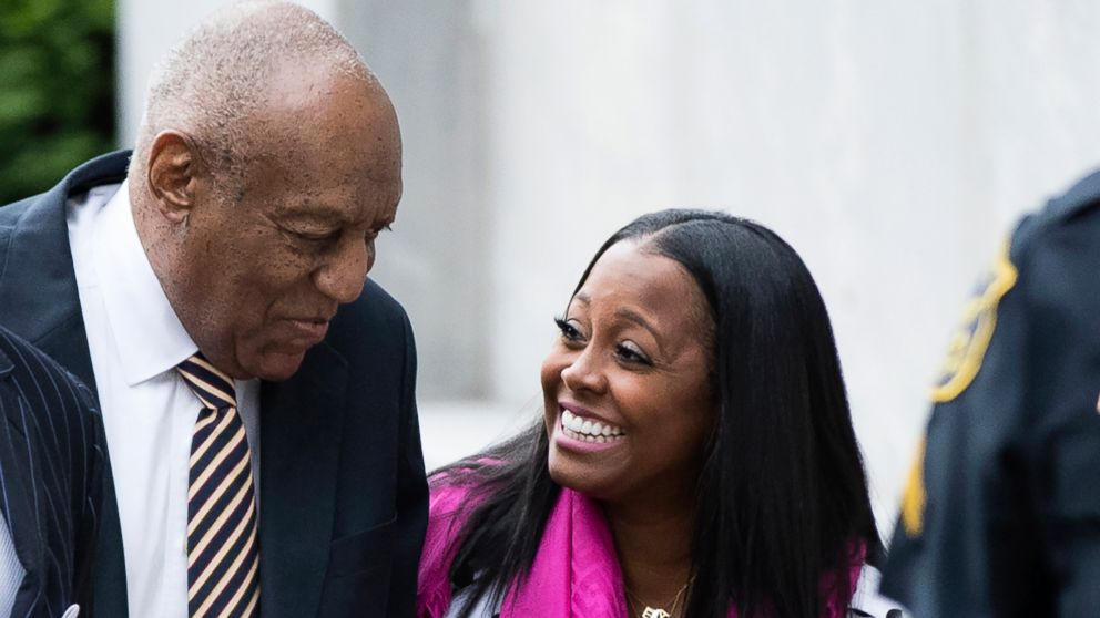 Bill Cosby arrives for his sexual assault trial with Keshia Knight Pulliam, right, at the Montgomery County Courthouse in Norristown, Pa., June 5, 2017.