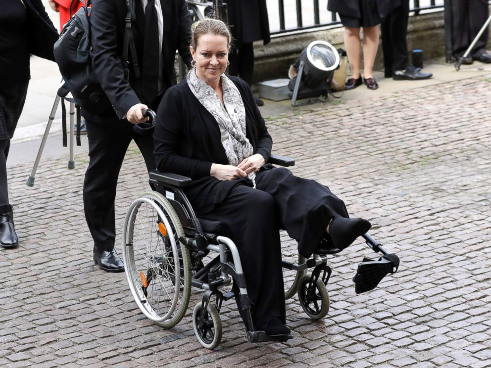 PHOTO: Injured U.S. tourist Melissa Cochran, whose husband Kurt Cohran was killed in the March 22 London terror attack, arrives for a Service of Hope at Westminster Abbey in London, April 5, 2017.