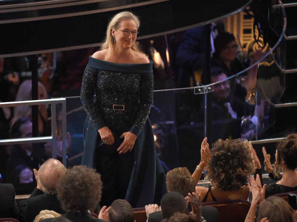 PHOTO: Meryl Streep stands for applause at the Oscars, Feb. 26, 2017, at the Dolby Theatre in Hollywood, Calif.