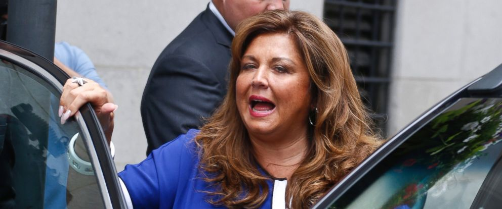 """PHOTO: """"Dance Moms"""" star Abby Lee Miller gets into an awaiting vehicle after leaving federal court and pleading guilty in Pittsburgh, June 27, 2016, to bankruptcy fraud."""