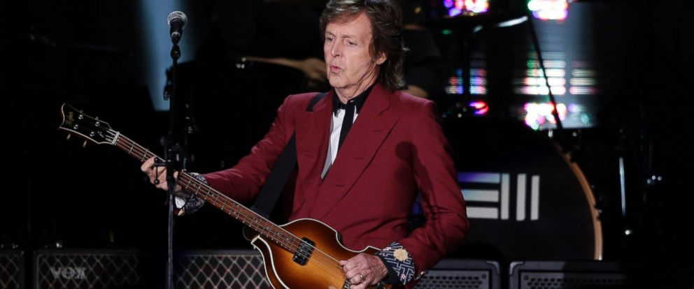 PHOTO: Paul McCartney performs, Aug. 14, 2014, at Candlestick Park in San Francisco.