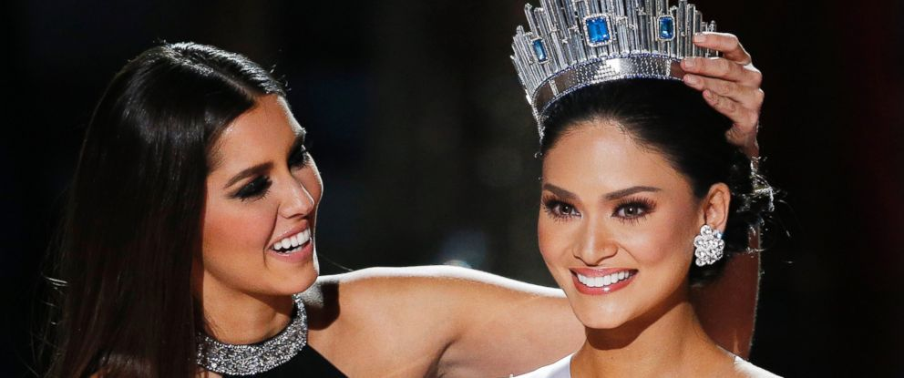 PHOTO: Miss Philippines Pia Alonzo Wurtzbach, right, reacts with former Miss Universe Paulina Vega as she was announced as the new Miss Universe at the Miss Universe pageant, Dec. 20, 2015, in Las Vegas.