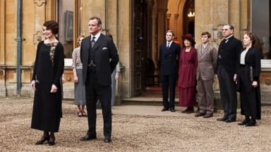 """PHOTO: This undated publicity photo provided by PBS shows the cast of the TV series, """"Downton Abbey"""""""