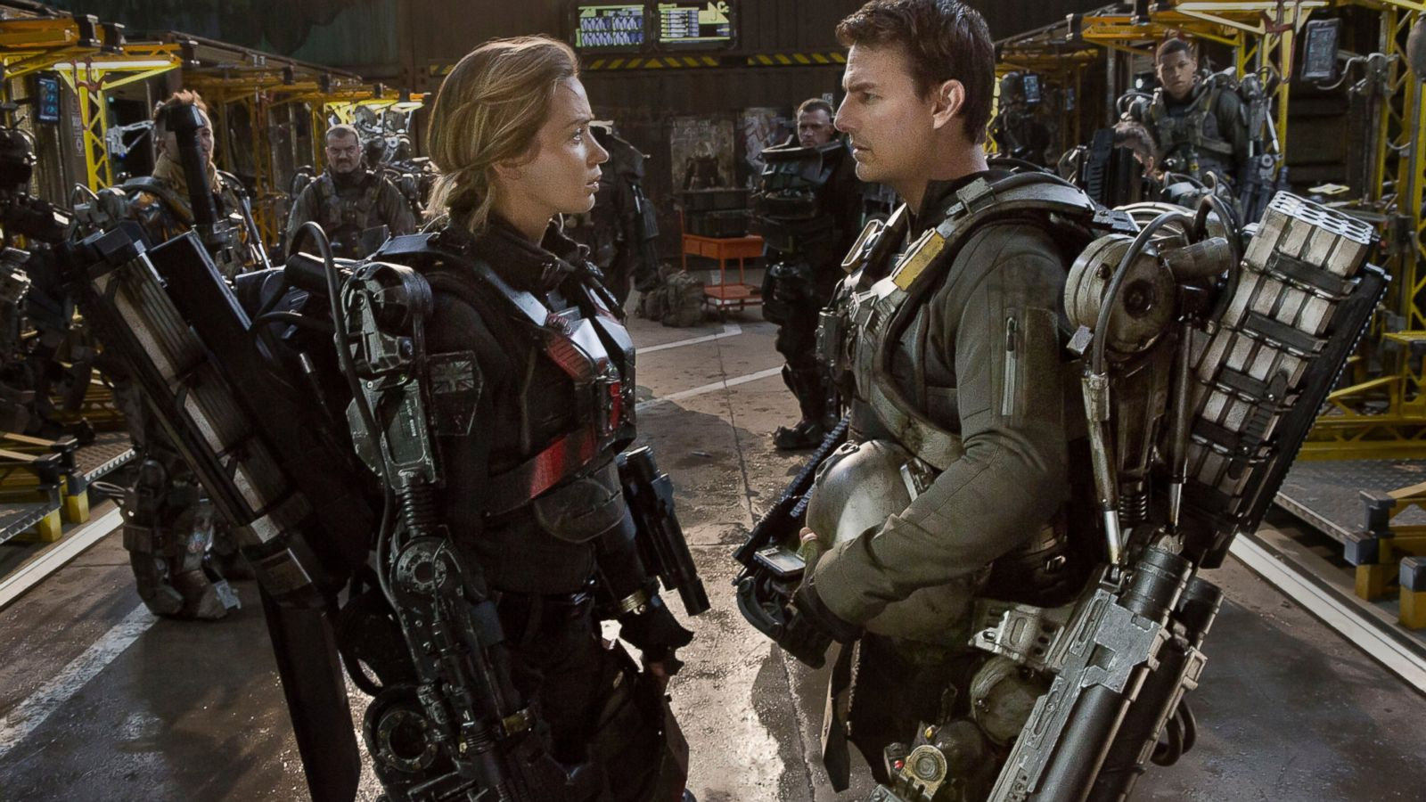 Movie Review Edge Of Tomorrow Starring Tom Cruise And Emily
