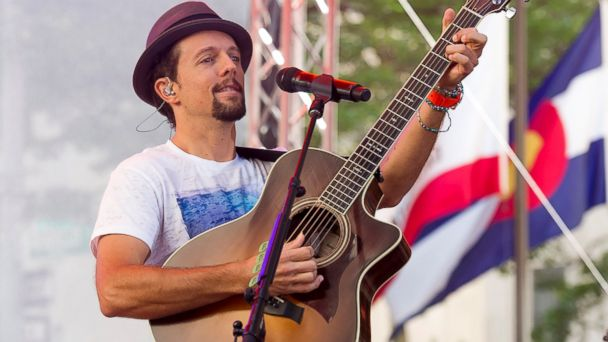 "PHOTO: Jason Mraz performs on NBCs ""Today"" show, July 18, 2014 in New York."