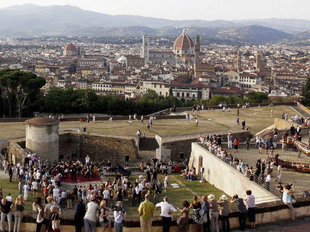 PHOTO: Tourists enjoy the view from Forte di Belvedere in Florence, Italy on July 8, 2013.